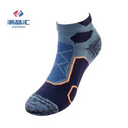 Moderne Terry-Farben-Baumwolle Sports Mann-Socken