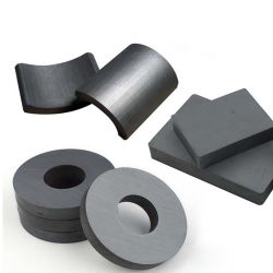 Magnete in ceramica permanente con anello in ferrite per terre rare per generatore Motore