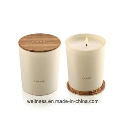Flamme Blanc de soja parfumées personnalisé dans le bocal en verre, avec couvercle en bois