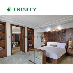 Double Single Size Queen王の最高のホテルの部屋のための贅沢な木の頭板のベッド