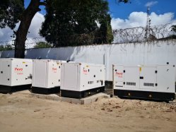 125kVA/100kW 육상 용도 전기 시동 엔진 방음 동력 디젤 발전기 스탬포드/로리 세머/마라톤 교류 발전기와 함께 출발