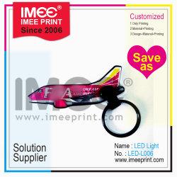 Imee Commerce de gros logo personnalisé de l'impression LED en plastique forme Airplain Keyring Key Ring Mini feux de la flamme