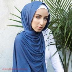 Polycotton Hijab lange Schal-Normallack-große blosse Schal-Verpackungen der Frauen für die Glättung Drsses des böhmischen koreanischen Hijab Neelofa Schal Alhumaira Schal-KanadaKaftan