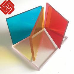 لوحة صلبة ملونة من البولي كربونات للزينة