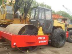 DynapacのCa25Dによって使用される構築機械。 なされる使用された道ローラーCa25D Dynapacのブランドスウェーデン