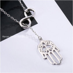 ファティマのペンダント925の純銀製のネックレスの手