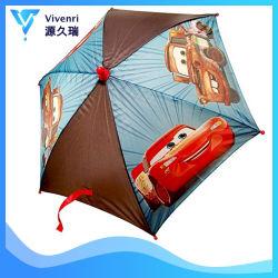 明確で物質的で美しくかわいいプリント漫画は傘車をからかう