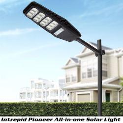 IP66 de plein air Cheap intégré toutes dans une lampe solaire LED Street avec télécommande haute puissance de la route de la zone publique mur Parc Jardin Projecteur de triage