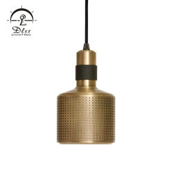 Moda Smiple única réplica de metal moderna iluminação pendente à beira do leito