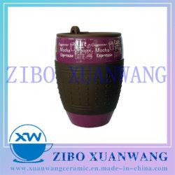 シリコーンの袖のプラスチックふたのギフトおよび昇進のための陶磁器のコーヒーカップとの完全で多彩な印刷を用いる熱い販売の丸型の陶磁器のマグ14のOz
