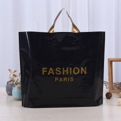 Logotipo personalizado personalizado Cesta de la compra de plástico blando, asa lazo negro mate reutilizables de plástico bolsas de compras de ropa/Don