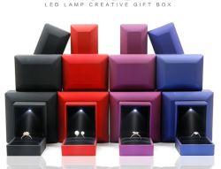 상한 창조적인 LED 가벼운 계획안 반지 상자 펀던트 상자 보석 포장 상자 사슬