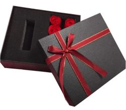 カスタムロゴ固定郵便メーラーボックスは靴の化粧品ギフトを着る 梱包箱のバルク段ボールの郵便物の郵送の紙の包装 ボックス