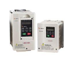 محول التردد المتردد بقدرة 380 فولت ثلاثي الأطوار من الشركة المصنعة للمحرك الكهربائي