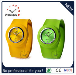 Fashion Promotion Sport bon marché Mesdames Bracelet en silicone Slap Watch (DC-101)