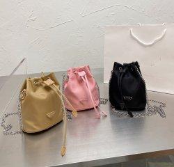 2020 Mode Fabrik Stock Soft Leder Kleine Kordelzug Hängetasche