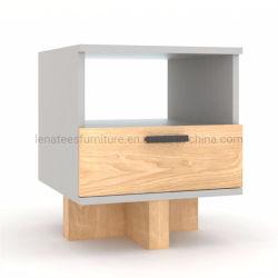 Basamento di legno di gomma di notte della mobilia europea della camera da letto Sn4044