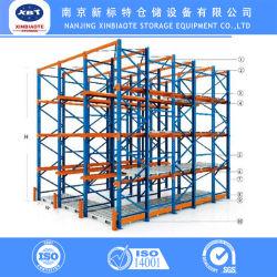 Depósito de equipamento de armazenamento de aço de acionamento na pilha de paletes