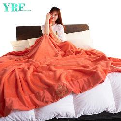 2인용 침대를 위한 로고 담요를 가진 부드러움에 의하여 솔질되는 반대로 Pilling 내구재
