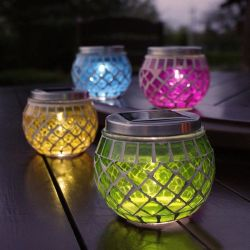 太陽動力を与えられたLEDの庭のヤードのモザイク瓶ライトによって粉砕されるガラス様式ランプのギフト