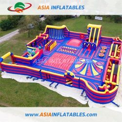 子供のための屋内膨脹可能なテーマパークの警備員のスライドのトランポリン公園