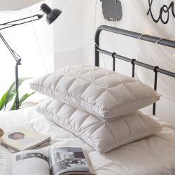 Het in het groot Hoofdkussen die van het Bed voor Katoenen van het Hotel & van het Huis Luxe 75% van de Stof Gans onderaan Hoofdkussen vullen