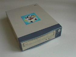 Leitor de DVD RW USB BURNER MP4/DIVX (IC05UVD)