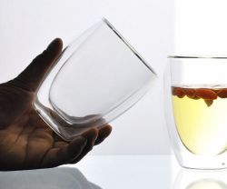 Простые изделия высокой боросиликатного стекла с двойной чашки кофе, столовые приборы