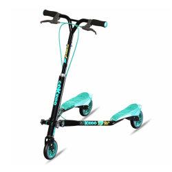 Gros enfants drôles jouets enfants sport 3 roue scooter wagging