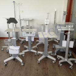 Kundenspezifischer Krankenhaus-Fernmedizin-Computer/Laptop-/der Tablette-/Ultrasound/ECG/Ventilator/Patient Monitor/Spritze-Pumpe/Infusion-Pumpen-mobile medizinische Laufkatze