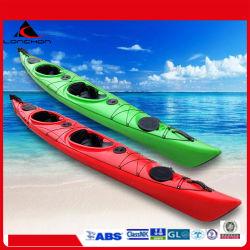 Preiswerte einzelne Person des Plastik520 cm sitzen im Ozean-Seekanu/-kajak mit Seitenruder