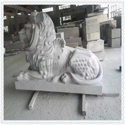 Animale di pietra che intaglia i leoni per il giardino