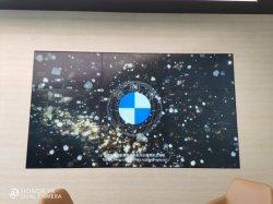 """Pannello LCD da 55"""" e 3.5 mm"""