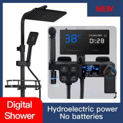 Цифровой термостатический душ устанавливает черного цвета под струей горячей воды твердых латунь