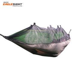 De vliegende Hangende Draagbare Hangmat van de Klamboe van de Wildernis voor Backpacking