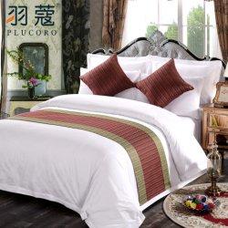 Coperchio decorativo dell'ammortizzatore del re Size Polyester Bed Runner del jacquard
