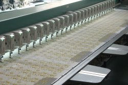 Chenille de la tête de haute qualité multi Embroidery Machine multi - Aiguille Machine à broder multi - Couleur