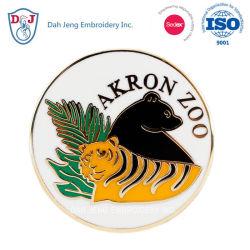 Pin de metal - Custom Made - Dah Jeng Embroidery Inc.