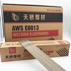 Ponticello dorato dell'elettrodo per saldatura di prezzi degli elettrodi per saldatura del Rod di saldatura dell'elettrodo J421 Aws E6013 del acciaio al carbonio del ponticello di Tianjin E6013