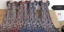 سيادة [فلوور] [كلتثرل] [درسّ] [ستوكلوت] لباس داخليّ في مستودع