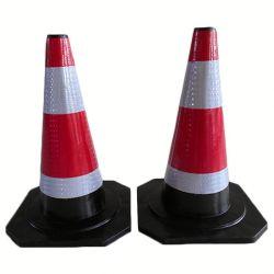Cono arancione di plastica d'avvertimento di traffico con l'alto grado intenso riflettente
