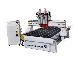 専門の高精度CNCのルーターの木製の切り分ける彫版機械1325年