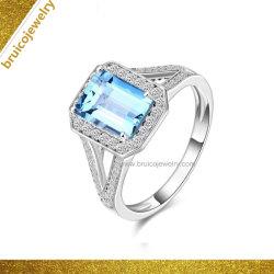 デラックスな宝石類の正方形の形のアクアマリン925の銀製のリングによってはめ込まれるダイヤモンド指輪の宝石類