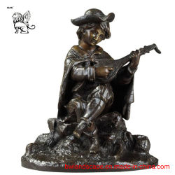 ホーム庭の装飾Bsd16のためのギターの彫像をしている青銅色の男の子