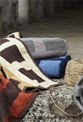 Essuie-main 100% teint superbe de Bath de Terry de fils de coton de doux de bonne qualité