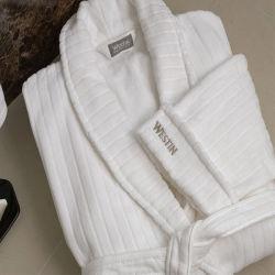 Van de Katoenen van de kwaliteit Badjas van het Hotel van de Streep de Witte Jacquard van het Fluweel vijfsterren