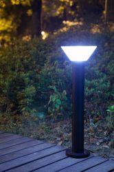 Heißer Verkaufs-im Freien Solarrasen-Licht für Garten IP65 mit Batterie des Lithium-LiFePO4