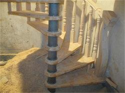 現代鋼鉄建築材料のキール木ステアケース