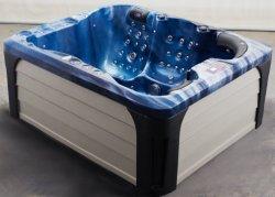 Открытый джакузи и душем на открытом воздухе