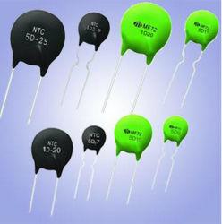 El termistor NTC para limitar el lastre de suministro de energía (CFL 16D-20)